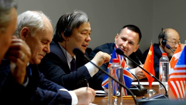vídeos y material grabado en eventos de stock de representante chino comenta duramente las acciones de las organizaciones terroristas en la conferencia internacional sobre la lucha contra el terrorismo - político