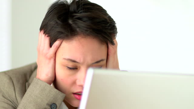 Chinese woman frustrated at work video