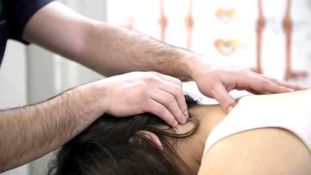 Masaje quiropráctico - vídeo