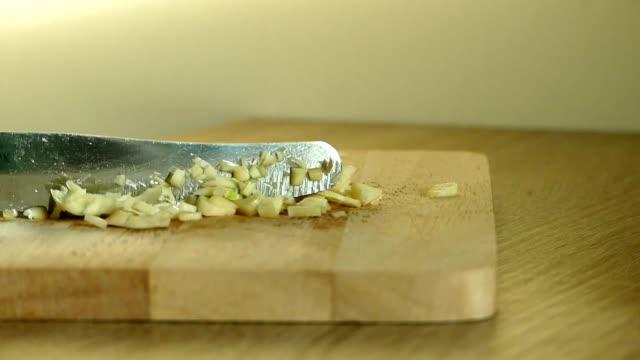 Chopping garlic video