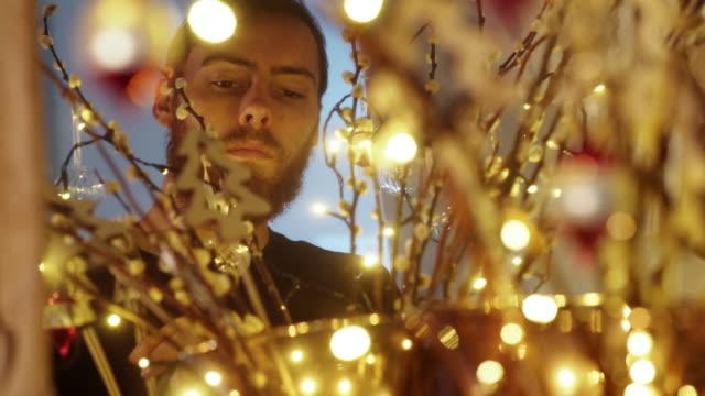 Christmas arrangement man video