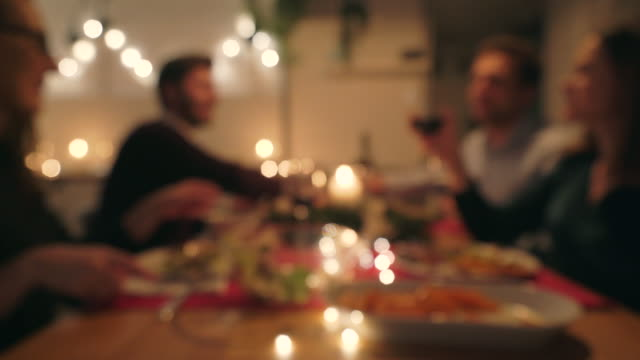 cena di natale. - cena natale video stock e b–roll
