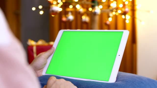vídeos de stock, filmes e b-roll de evento de natal usando a tela verde - feriado evento