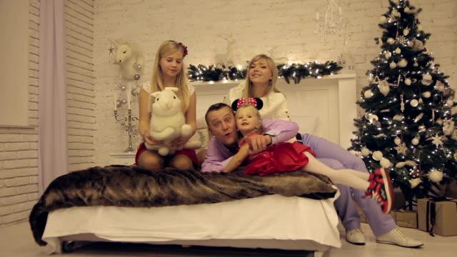 Christmas family photo shoot indoors video