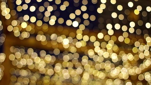 Guirlandas de Natal dourada. - vídeo