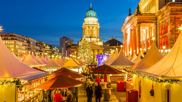Christmas Market in Berlin, time lapse Christmas Market in Berlin, time lapse weihnachten stock videos & royalty-free footage