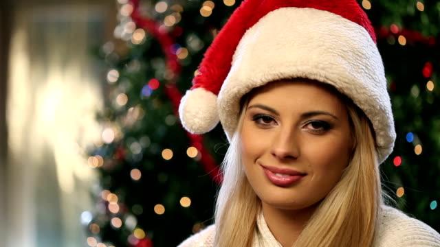 christmas present for you. - endast unga kvinnor bildbanksvideor och videomaterial från bakom kulisserna