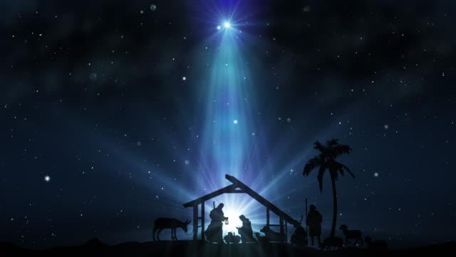 scena bożonarodzeniowa z migoczącymi gwiazdami - boże narodzenie filmów i materiałów b-roll