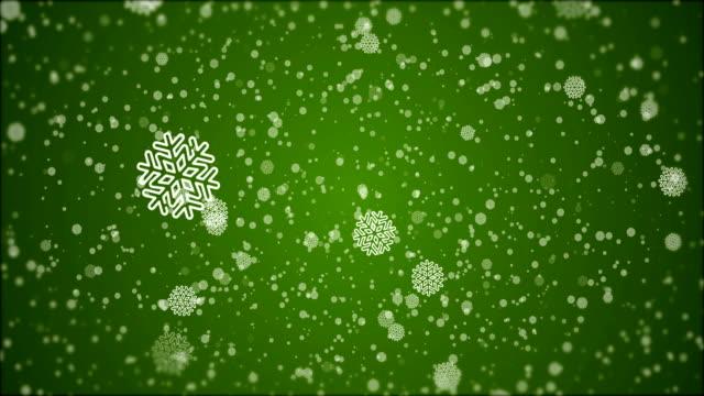 vídeos de stock e filmes b-roll de 4k christmas - snowflake animation, green background - christmas card