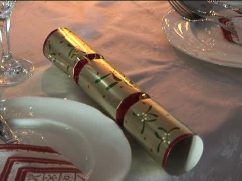 weihnachten-table - zahl 25 stock-videos und b-roll-filmmaterial