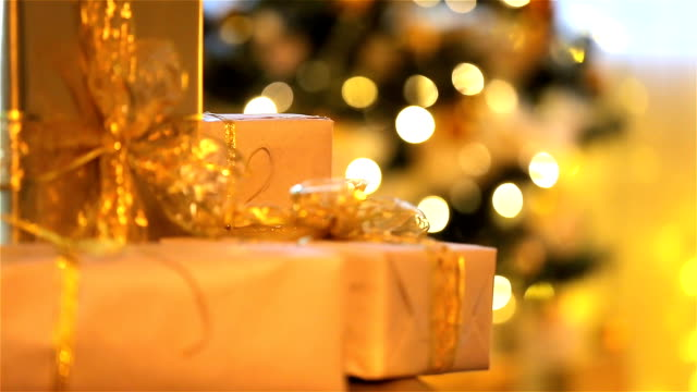 Best Gift Bow Stock Videos and Royalty-Free Footage - iStock