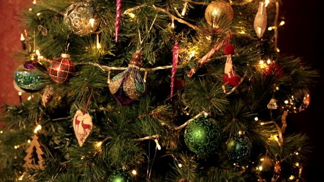 vídeos y material grabado en eventos de stock de tiempo de navidad - christmas trees