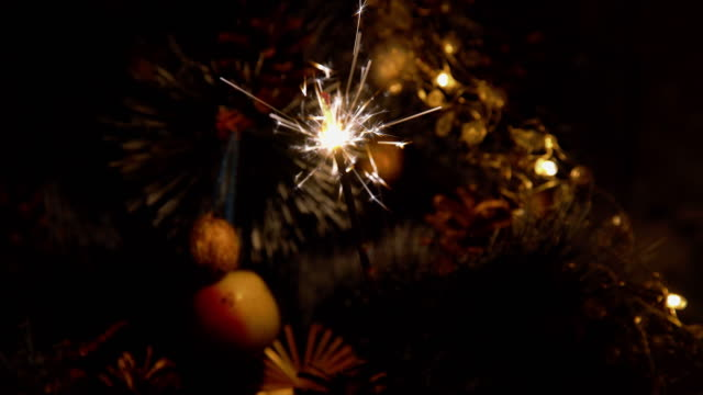 Christmas tree and sparkler video