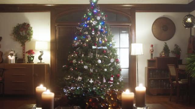 Christmas Tree Decorations 4K 48FPS SLO-MO