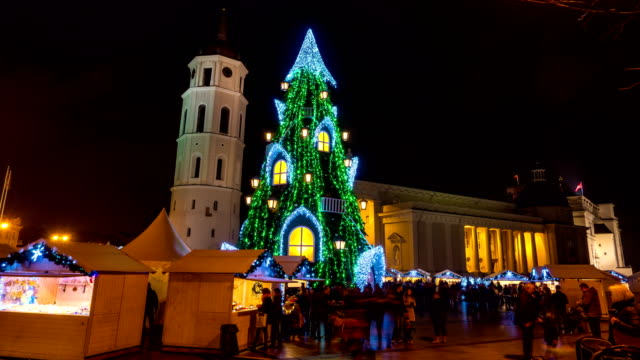 Christmas tree on Cathedral Square in Vilnius, Lithuania, 4K time-lapse video