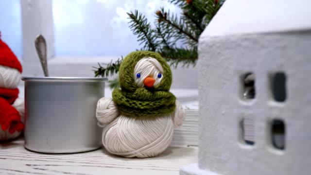 クリスマスのウィンドウ - マグカップ点の映像素材/bロール