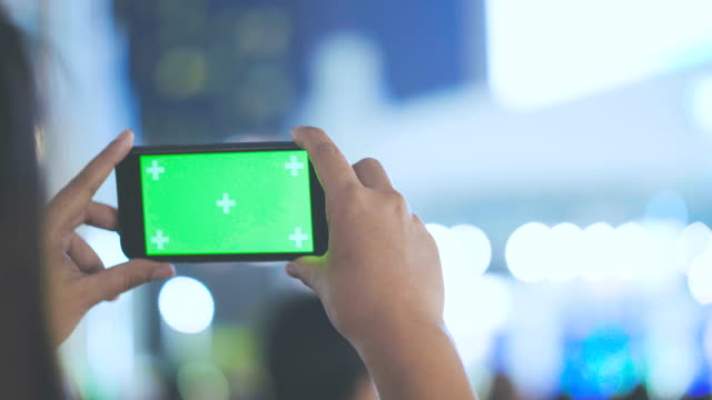 Chroma Key Smartphone at concert