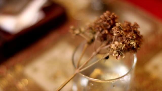vídeos y material grabado en eventos de stock de iglesia utensilio - cáliz objeto religioso