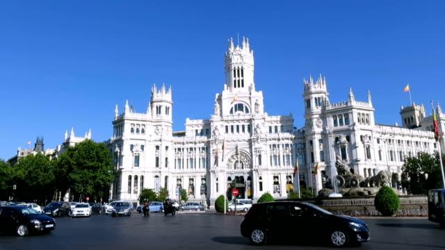 Cibeles square in Madrid fast video