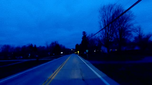 stockvideo's en b-roll-footage met cincinnati ik gesynchroniseerd serie front bekijken drijvende proces plaat nacht - twilight
