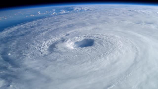 4k nasa cinemagraph collection - hurricane isabel - uragano video stock e b–roll
