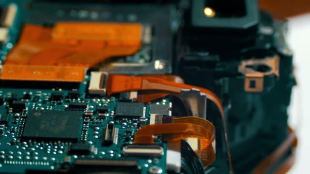 無線コンポーネントを備えた回路基板 - 半導体点の映像素材/bロール