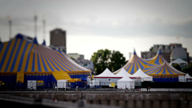 circus tilt-shift - zirkusveranstaltung stock-videos und b-roll-filmmaterial