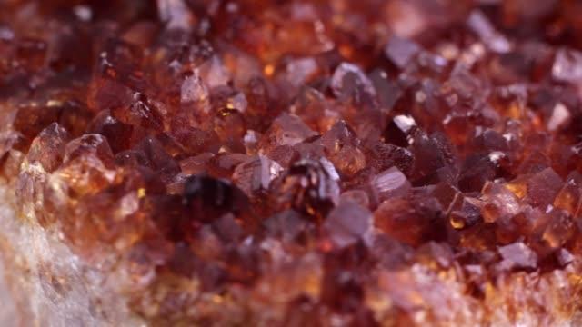 citrin kvarts kristaller makro video med rotation - mineral bildbanksvideor och videomaterial från bakom kulisserna