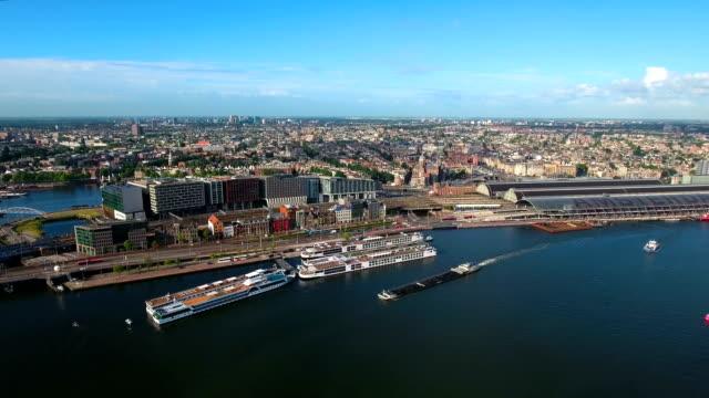 Luftaufnahme der Stadt über Amsterdam – Video