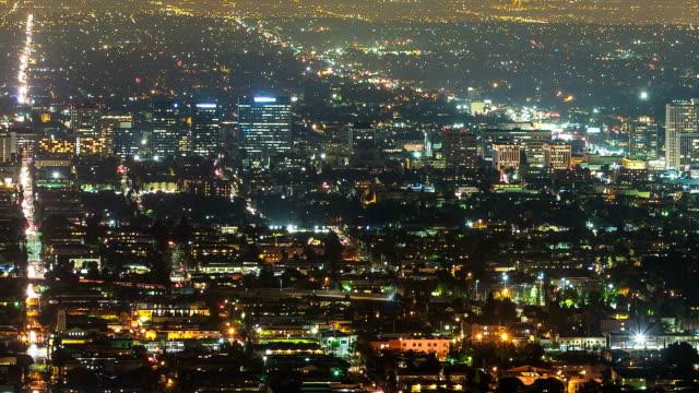 stockvideo's en b-roll-footage met city grid aerial view night time-lapse pan - westelijke verenigde staten
