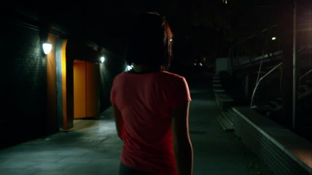 City jogging video