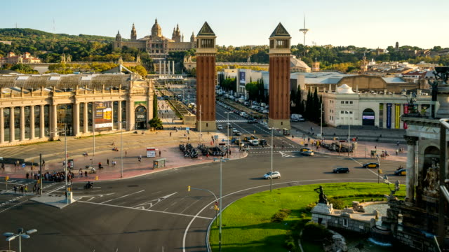 T/L Stadtleben am Plaza Espana, Barcelona, Spanien – Video