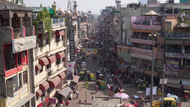 city life - main bazar, paharganj, new delhi, india - india video stock e b–roll