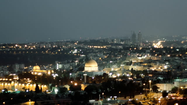 City lights over Jerusalem, Dome of the Rock and Al Aqsa mosque, time lapse. video