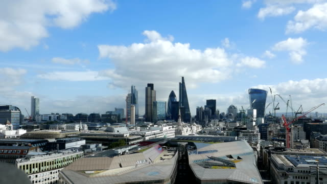 T/L City Of London And Its Financial District video