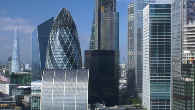 city of london financial district. early morning. - london architecture stock videos & royalty-free footage