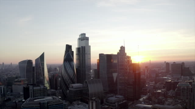 City Of London, Financial District, United Kingdom Dusk aerial shot of City Of London, Financial District, UK drone stock videos & royalty-free footage