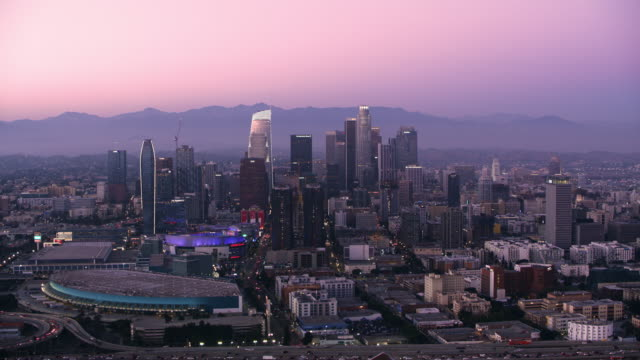 aerial city of los angeles at dusk - zoom out stock videos & royalty-free footage