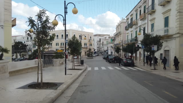 POV Stadtstraße von Vieste – Video