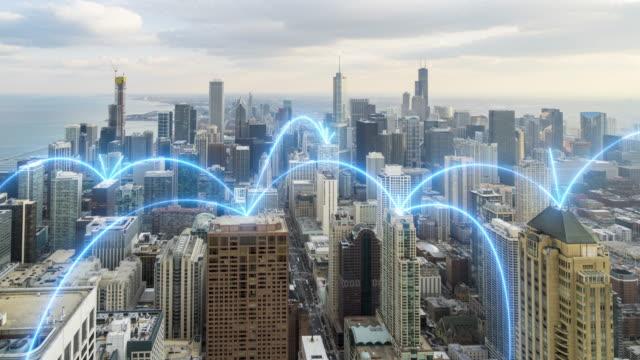 4k uhd: シカゴ、イリノイ州の都市景観とネットワーク接続。 - クラウドコンピューティング点の映像素材/bロール