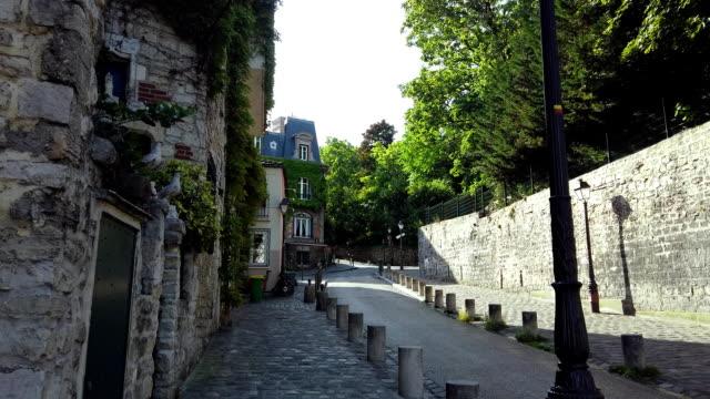 stadsbilden mont matre, paris, frankrike - montmatre utsikt bildbanksvideor och videomaterial från bakom kulisserna