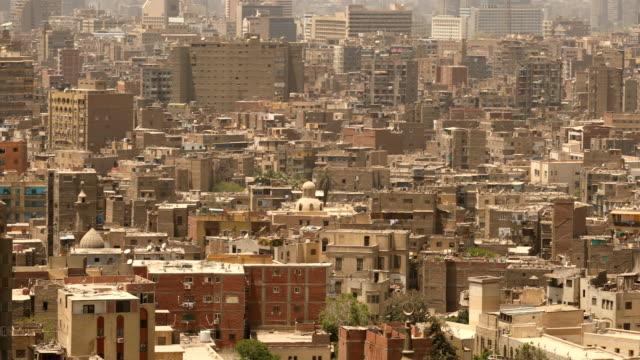 vídeos de stock, filmes e b-roll de paisagem urbana do cairo no egito - civilização milenar