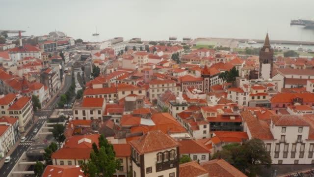 vídeos de stock e filmes b-roll de cityscape of funchal, madeira, portugal. - funchal madeira