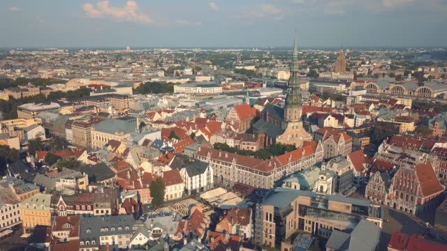 cityscape of riga - латвия стоковые видео и кадры b-roll