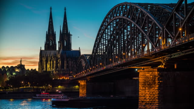 4K Cityscapes, Landscapes & Establishers : Cologne Cathedral in Germany video