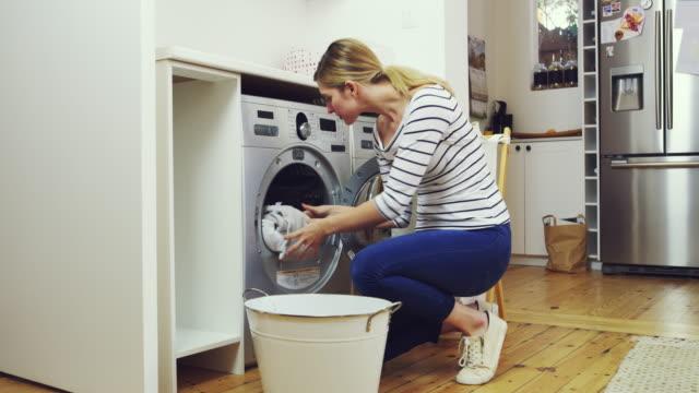 Reinigen und trocknen. So sollte jede perfekte Ladung sein. – Video