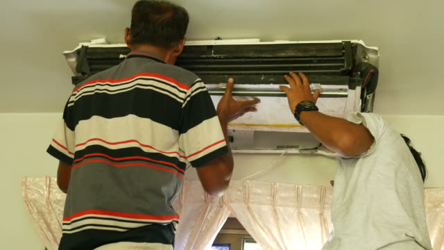 Cleaning air-conditioner video