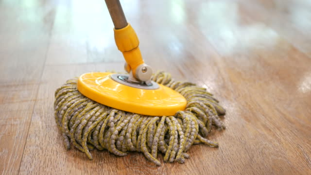 Cleaning floor with mopping spin video