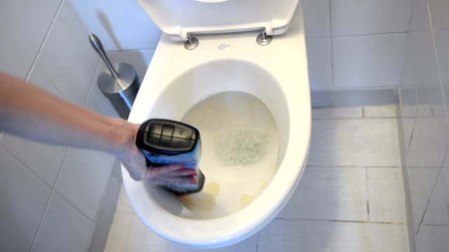 Cleaning toilet video