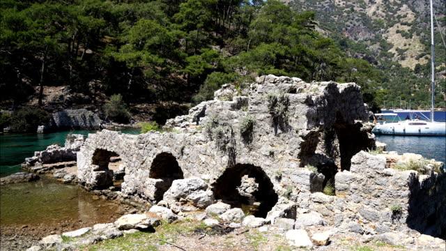 cleopatra-badet från göcek-viken. fethiye/turkiet - turistbåt bildbanksvideor och videomaterial från bakom kulisserna